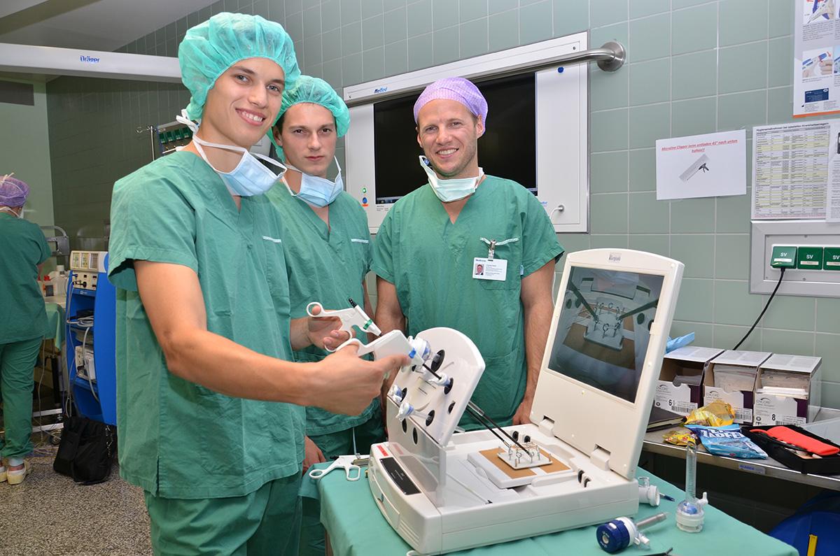 Laparoskopiekurs im Rahmen der MedSummerSchool in Horn