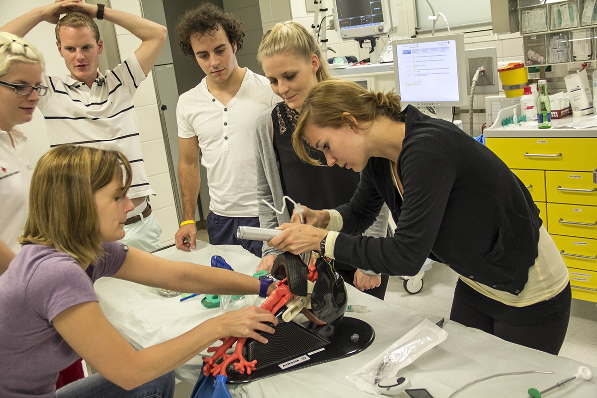 Schockraummanagement im Rahmen der MedSummerSchool in Zwettl